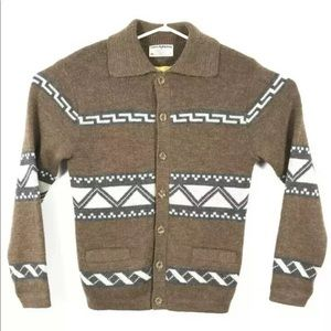 Vintage White Ram Wool Mohair Sweater Curling
